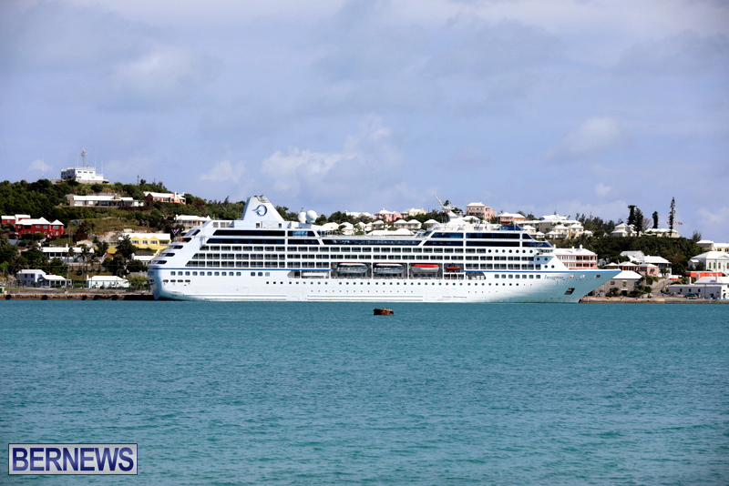Passengers Ship Insignia Bermuda Aug 18 2017 (5)