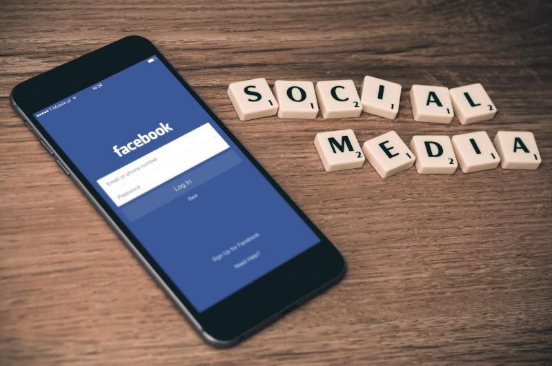 Social Media Bermuda Aug 2017
