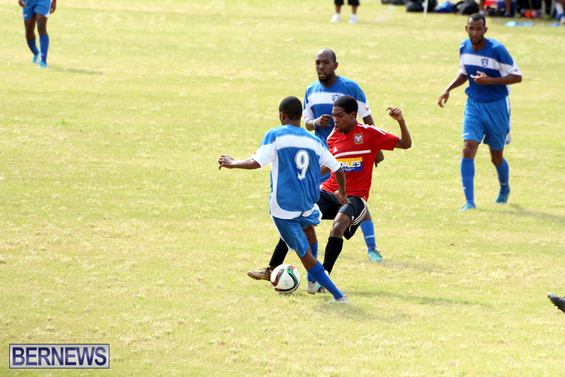 Football-First-Premier-Division-Bermuda-Sept-24-2017-10