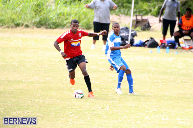 Football-First-Premier-Division-Bermuda-Sept-24-2017-2