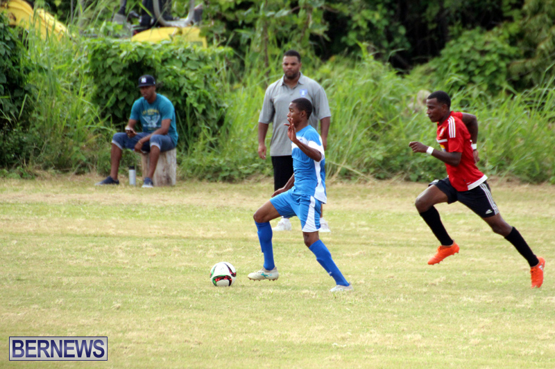 Football-First-Premier-Division-Bermuda-Sept-24-2017-4