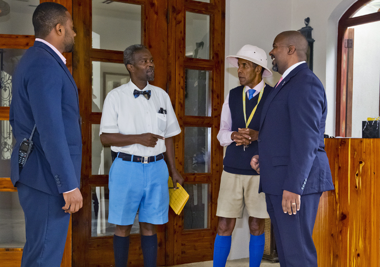 Minister Simmons and MP Furbert Tucckers Point Bermuda Sept 27 2017 (4)