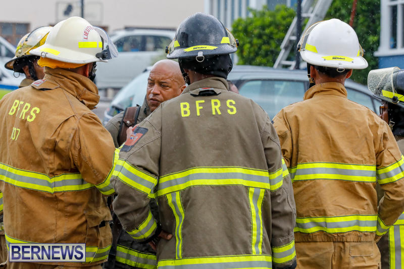 Robertson's-Drug-Store-Fire-Bermuda-September-2-2017_7739