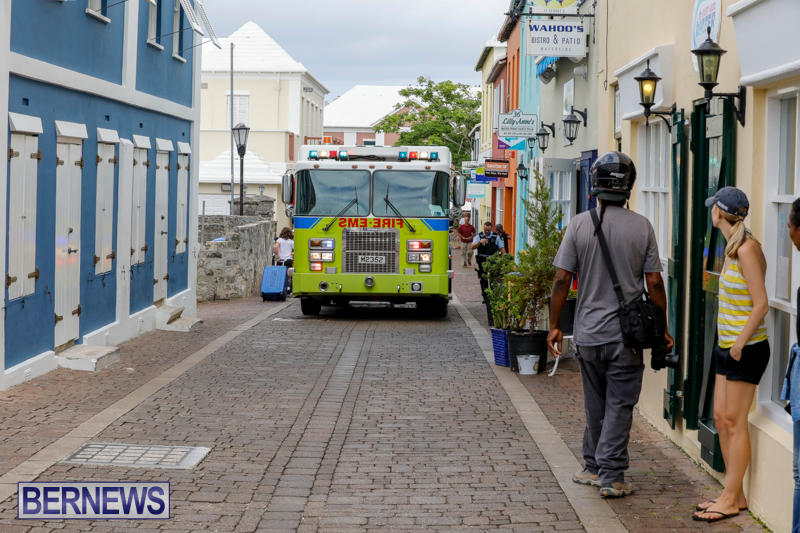 Robertson's-Drug-Store-Fire-Bermuda-September-2-2017_7800