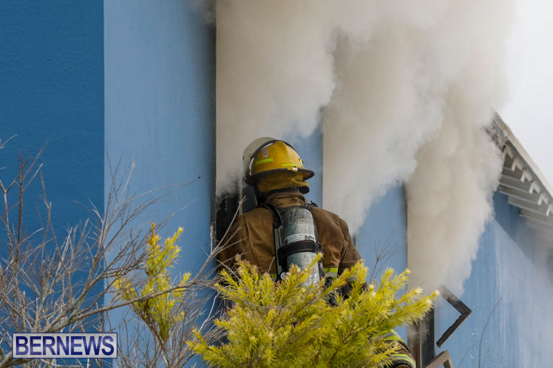 Robertson's-Drug-Store-Fire-Bermuda-September-2-2017_7979