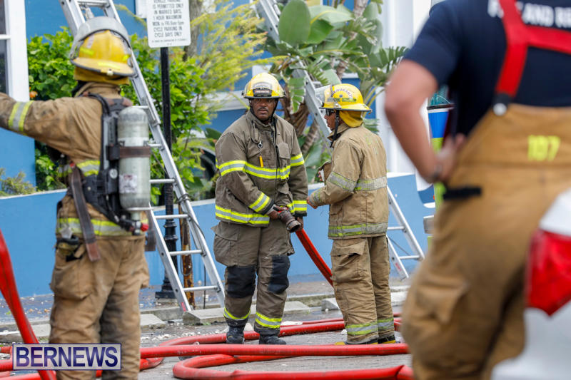 Robertson's-Drug-Store-Fire-Bermuda-September-2-2017_8438