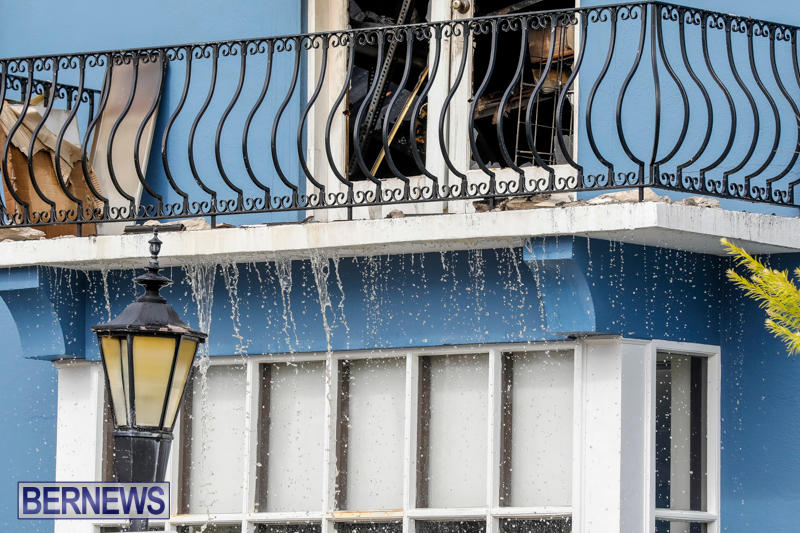 Robertson's-Drug-Store-Fire-Bermuda-September-2-2017_8653