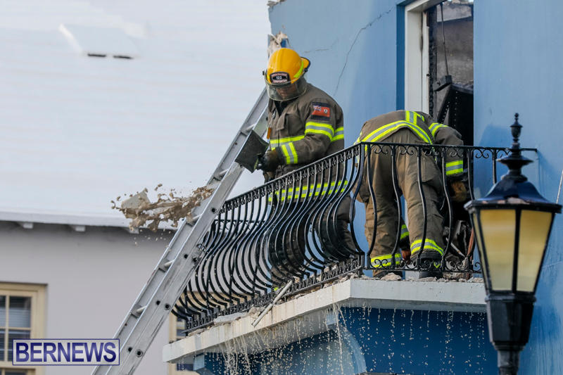 Robertson's-Drug-Store-Fire-Bermuda-September-2-2017_8792