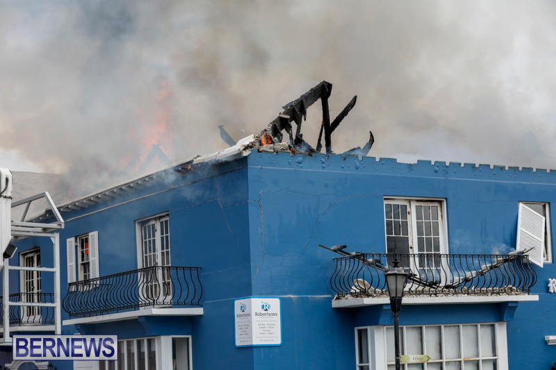 Robertson's-Drug-Store-Fire-Bermuda-September-2-2017_8346