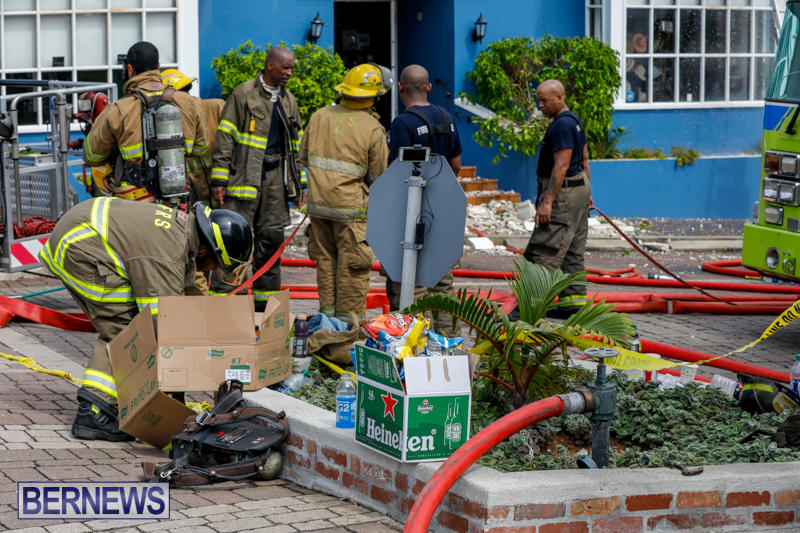 Robertson's-Drug-Store-Fire-Bermuda-September-2-2017_8480
