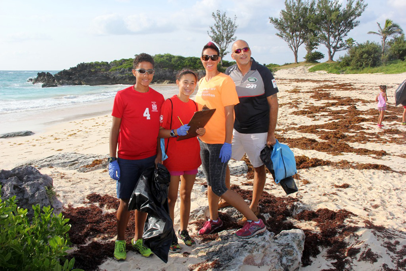 Saltus CleanUp at John Smith's Bay Bermuda Sept 2017 (2)