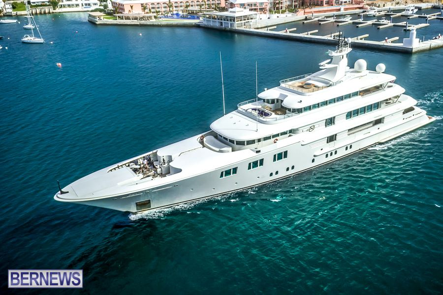 271 Bermuda is becoming known as one of the best places to visit with your Megayacht