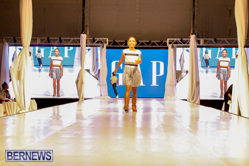 Bermuda-Fashion-Festival-Evolution-Retail-Show-H-October-29-2017_1687