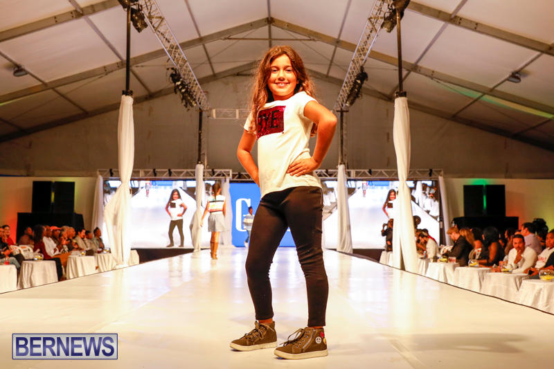 Bermuda-Fashion-Festival-Evolution-Retail-Show-H-October-29-2017_1690
