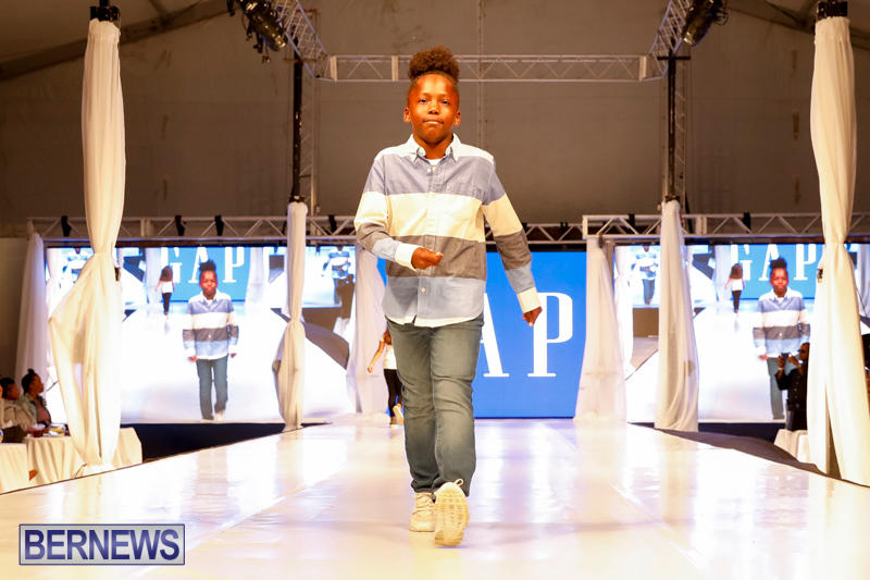 Bermuda-Fashion-Festival-Evolution-Retail-Show-H-October-29-2017_1692
