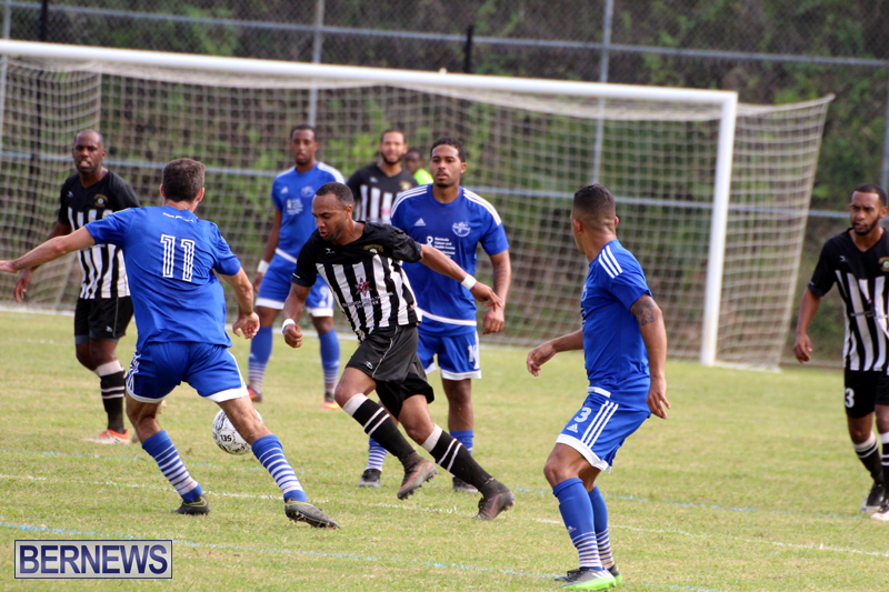 Football-First-Premier-Division-Bermuda-Oct-15-2017-16