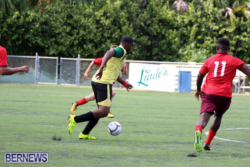 Football-First-Premier-Division-Bermuda-Oct-15-2017-2