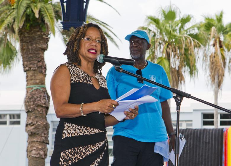 Health Minister Celebrating Wellness Bermuda Oct 2017 (1)