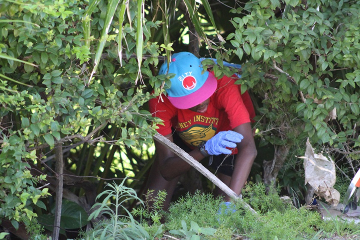 KBB Community Service Bermuda Oct 16 2017 9