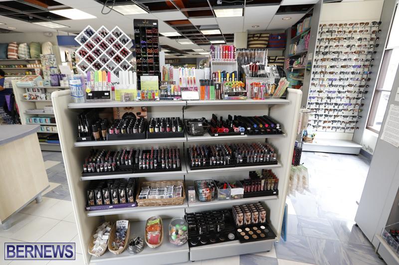 Robertson's-Drug-Store-Bermuda-Oct-17-2017-11