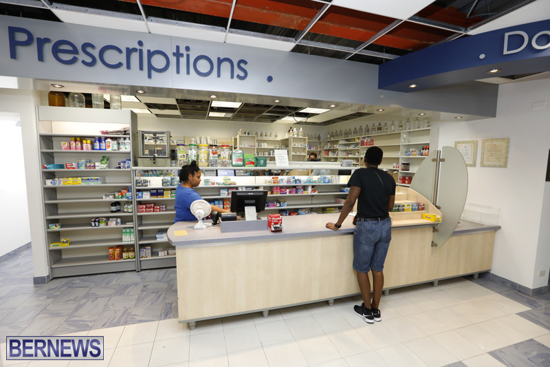 Robertson's-Drug-Store-Bermuda-Oct-17-2017-7