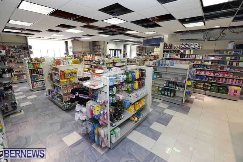 Robertson's-Drug-Store-Bermuda-Oct-17-2017-8