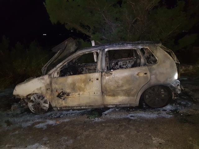 Vehicle Fire Bermuda Oct 30 2017 (1)