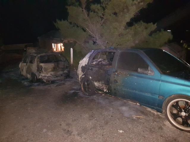 Vehicle Fire Bermuda Oct 30 2017 (2)