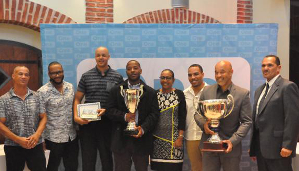 BCB Award Winners Bermuda Nov 6 2017 (2)