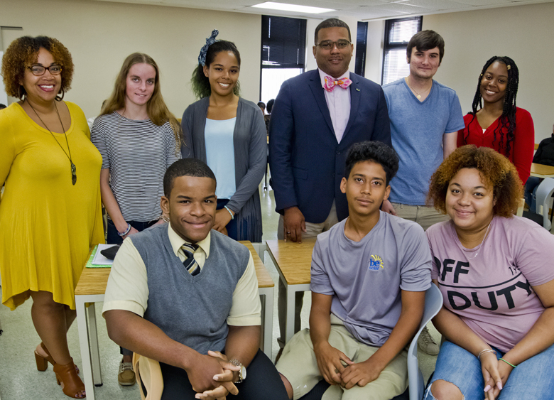 Bermuda College Student Debate Nov 6 2017 (2)