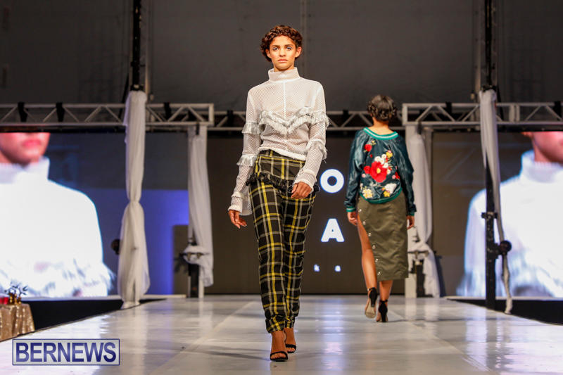 Bermuda-Fashion-Festival-International-Designer-Show-H-November-1-2017_6735