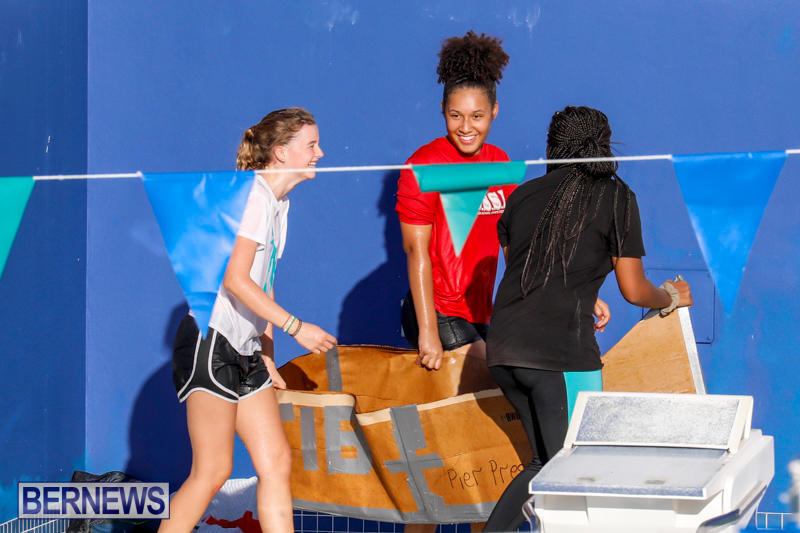 Cardboard-Boat-Challenge-Bermuda-November-16-2017_8996