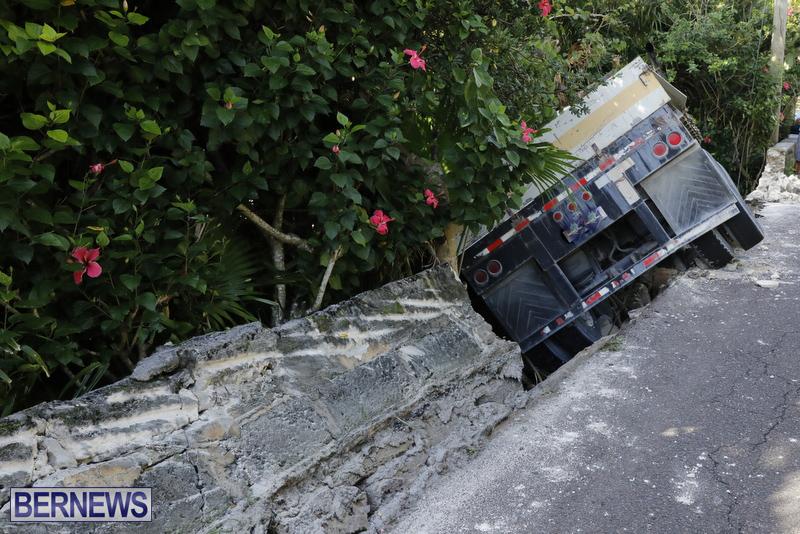 Collision Bermuda Nov 15 2017 (3)