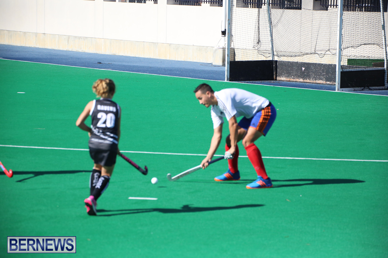 Field-Hockey-Double-Header-Bermuda-Nov-29-2017-12