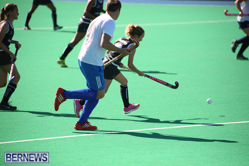 Field-Hockey-Double-Header-Bermuda-Nov-29-2017-7