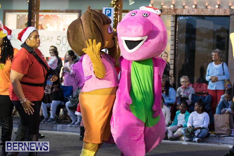 Marketplace-Christmas-Parade-Bermuda-November-26-2017_1396