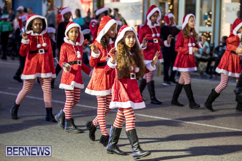 Marketplace-Christmas-Parade-Bermuda-November-26-2017_1407