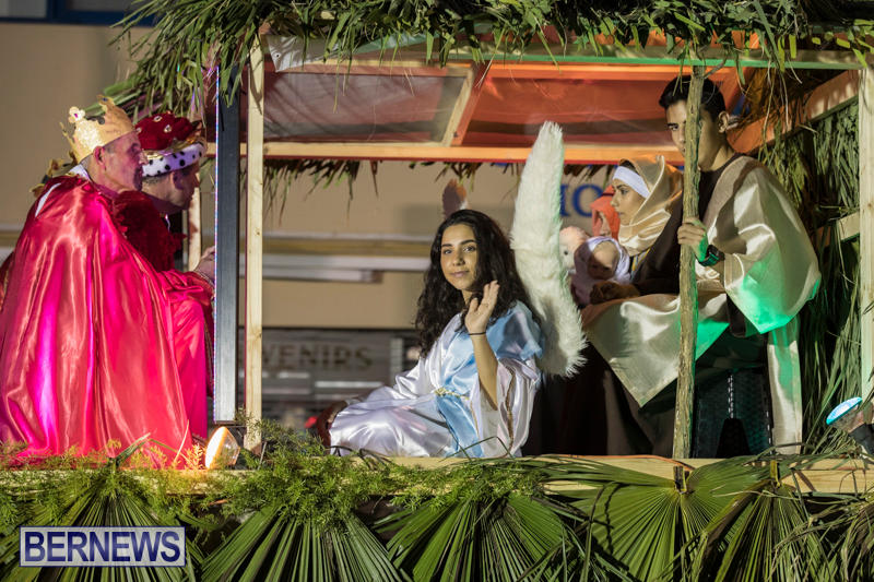 Marketplace-Christmas-Parade-Bermuda-November-26-2017_1605
