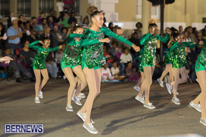 Marketplace-Christmas-Parade-Bermuda-November-26-2017_1643