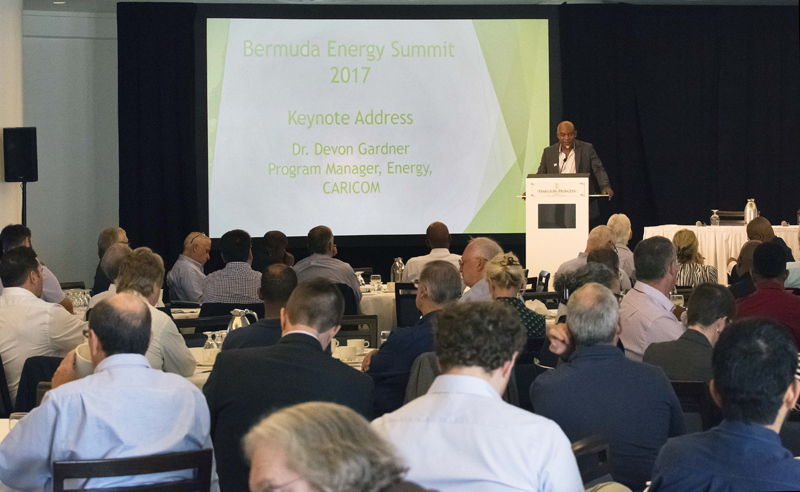 Minister Roban Energy Summit Bermuda Nov 2017 (2)