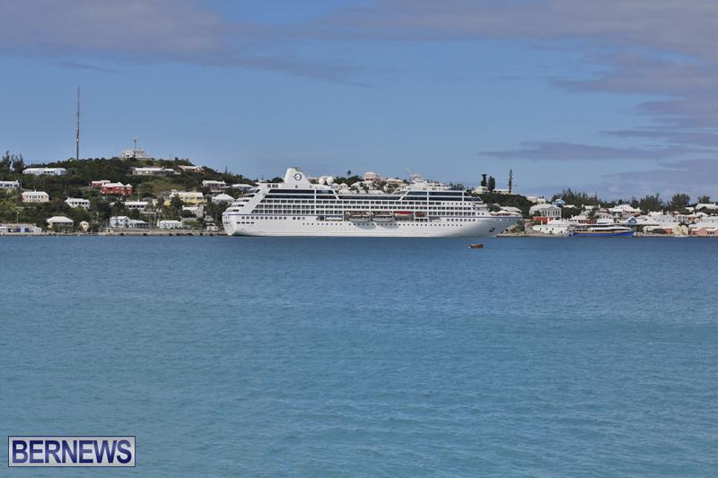 Passenger ship Insignia Bermuda Nov 1 2017 (4)
