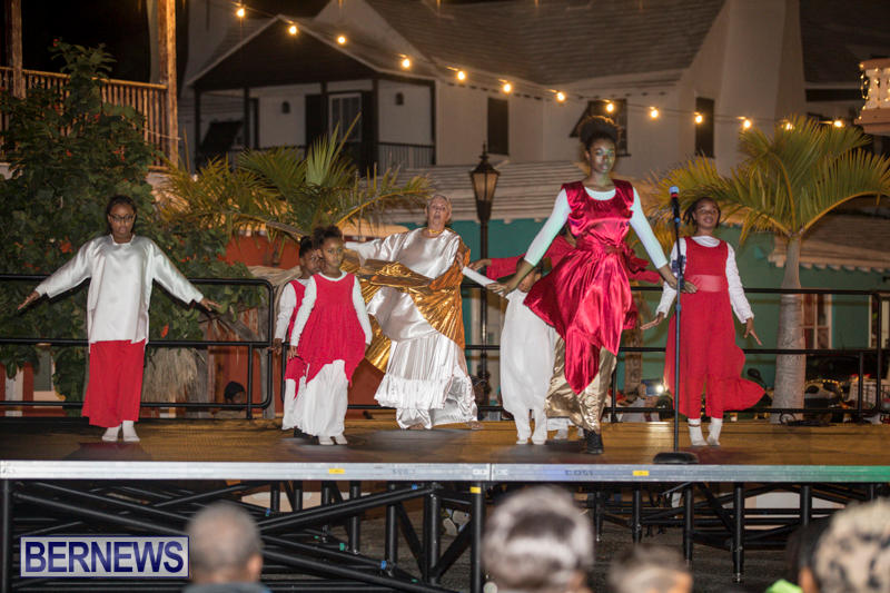 St.-George's-Lighting-Of-Town-Bermuda-November-25-2017_1169