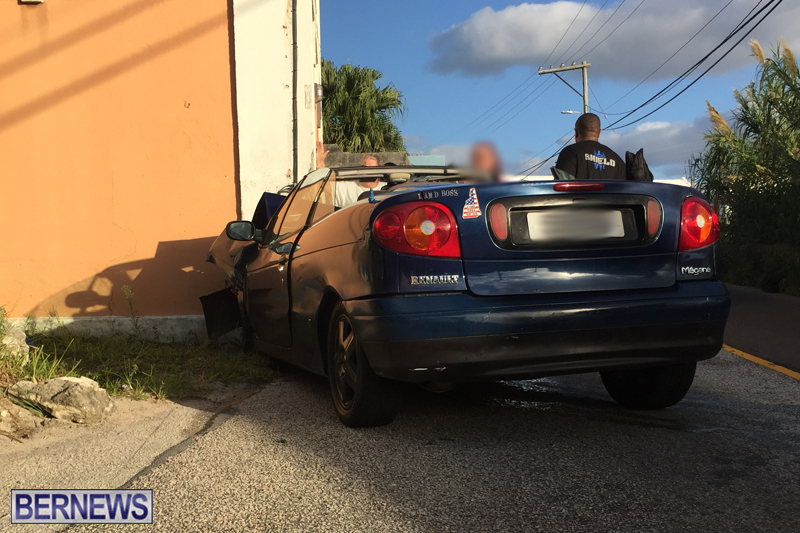 car collision Bermuda Nov 18 2017 (7)