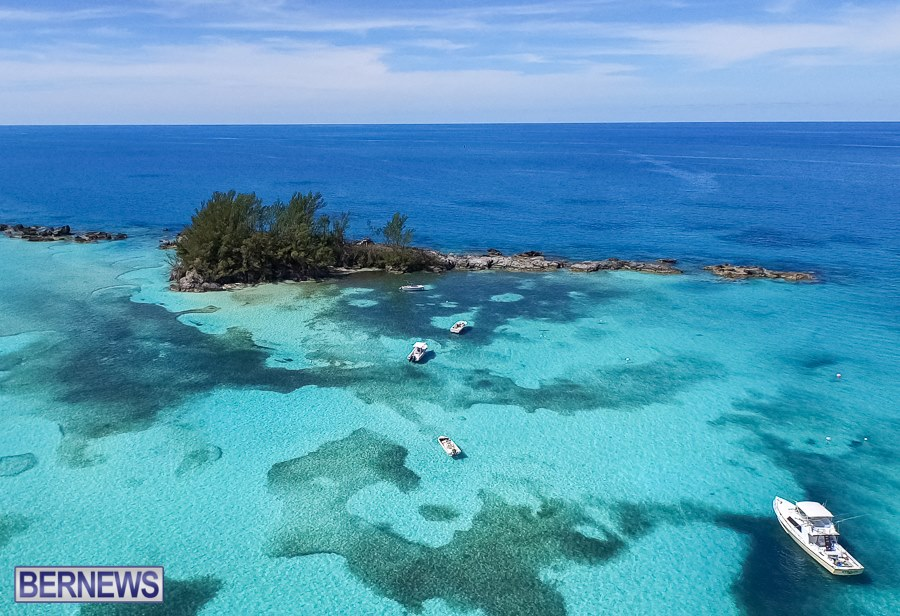 275 Our beautiful waters surrounding Bermuda are simply stunning