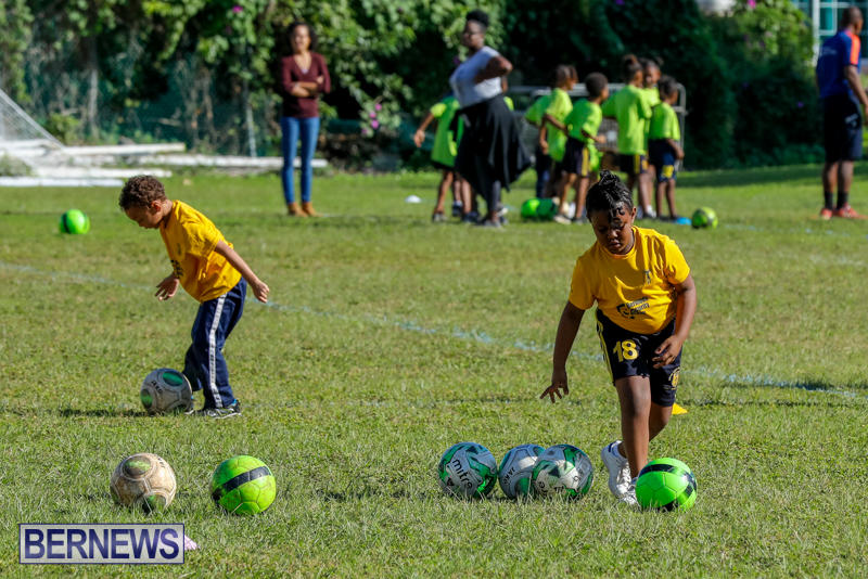 BSG-ABC-Football-Foundations-Power-of-One-Spirit-Day-Bermuda-December-8-2017_4325