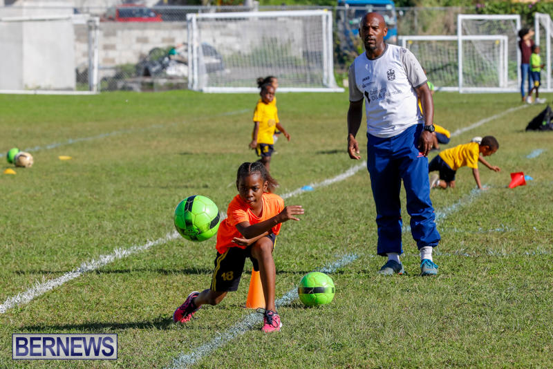 BSG-ABC-Football-Foundations-Power-of-One-Spirit-Day-Bermuda-December-8-2017_4336