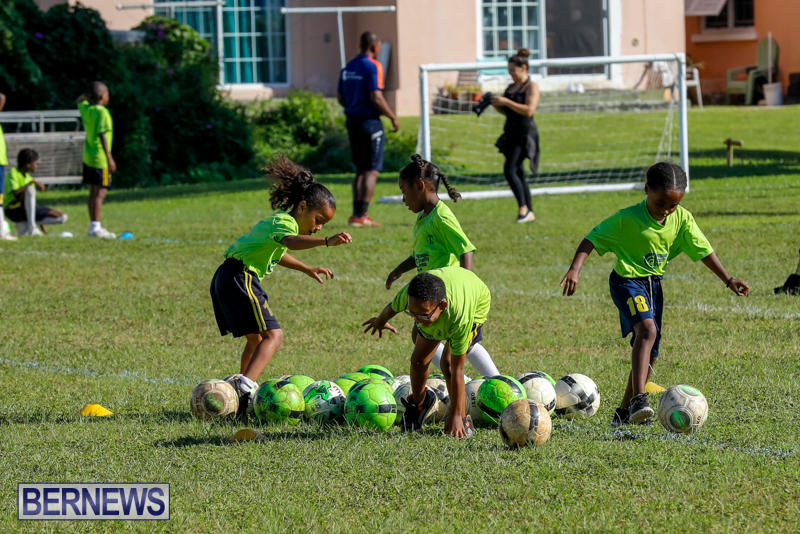 BSG-ABC-Football-Foundations-Power-of-One-Spirit-Day-Bermuda-December-8-2017_4369