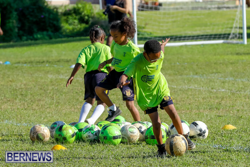 BSG-ABC-Football-Foundations-Power-of-One-Spirit-Day-Bermuda-December-8-2017_4371