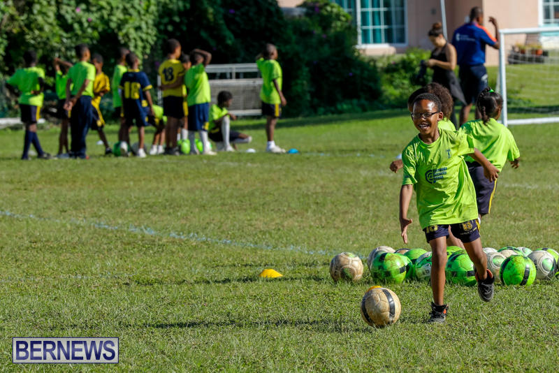 BSG-ABC-Football-Foundations-Power-of-One-Spirit-Day-Bermuda-December-8-2017_4372