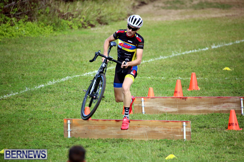 Bermuda-Cyclocross-Shelly-Bay-Field-Dec-3-2017-2